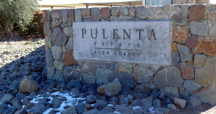 Pulenta Estate – Letrero